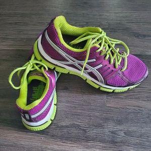 Asics 33 Tennis Shoes